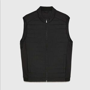Zara men dark navy blue puffer vest